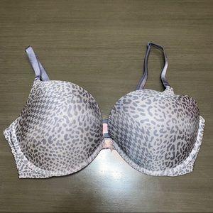 Victoria's Secret Gray Cheetah Bra 38 D